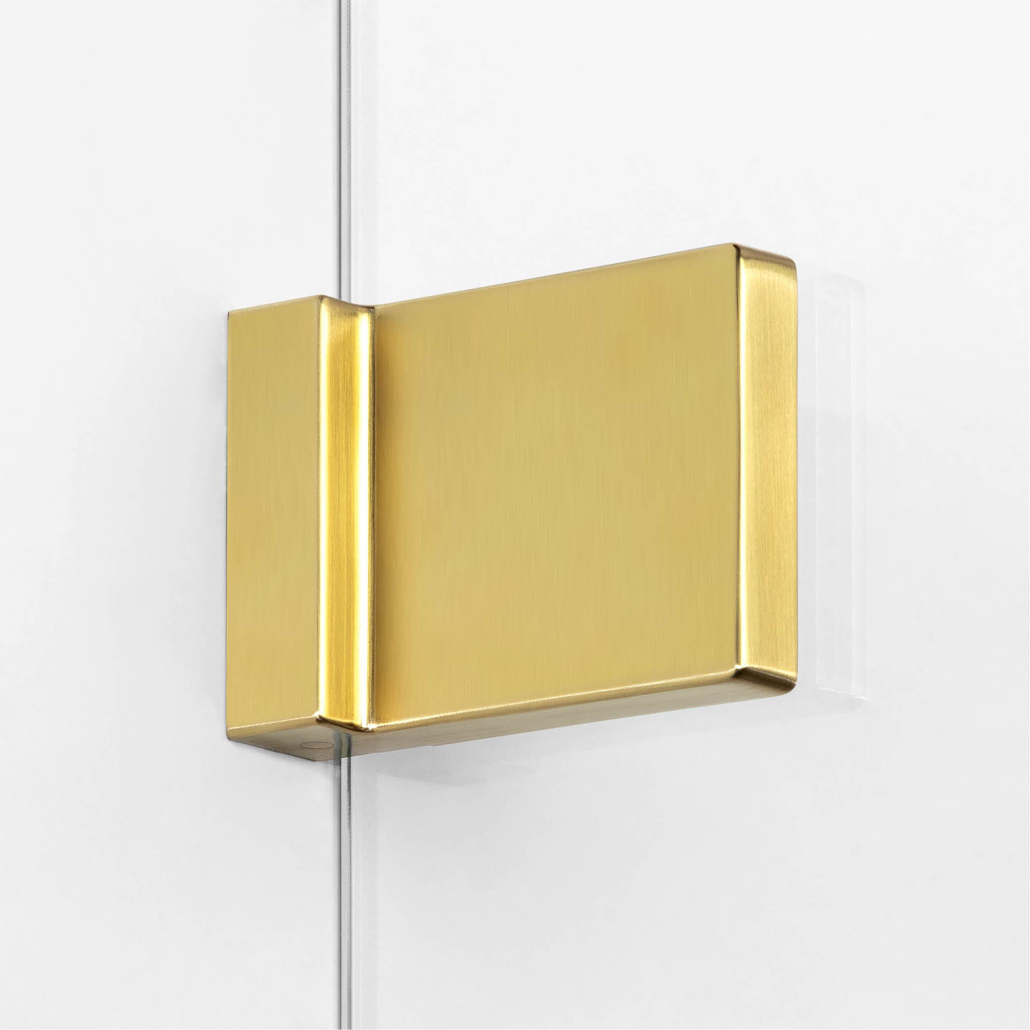 Elementy wykończeniowe złotego parawanu nawannowego.